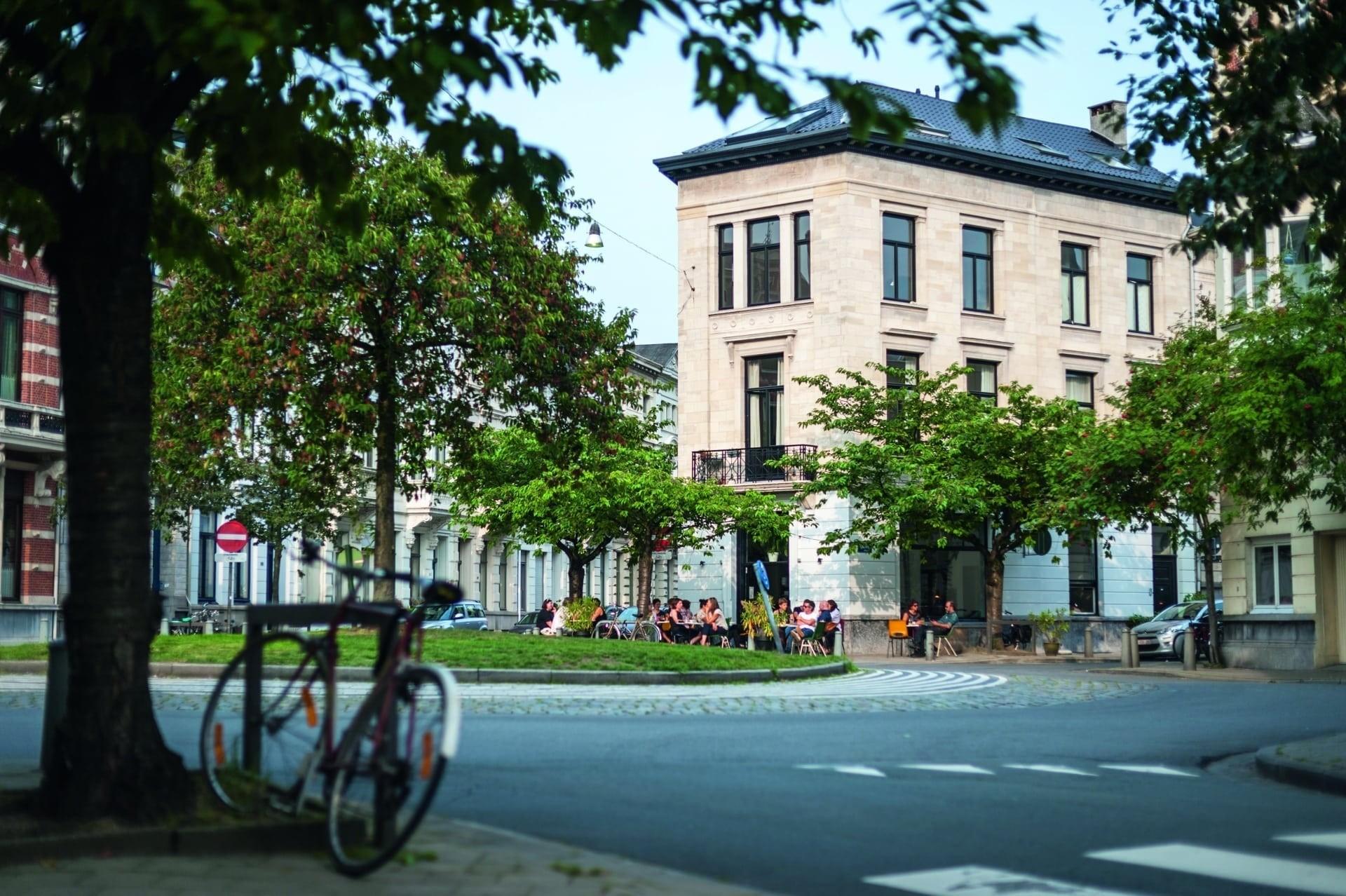 Zurenborgpoort-uitjes-cultuur-sport